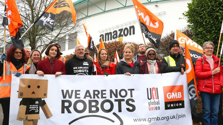 We are not robots: Amazon workers ahead of Black Friday sale