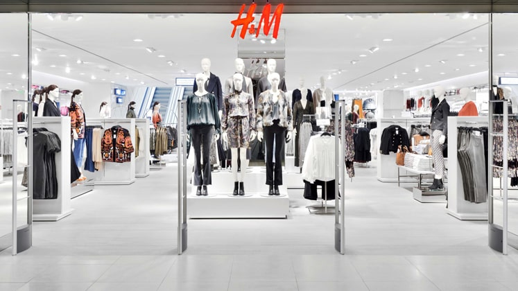 H&M store